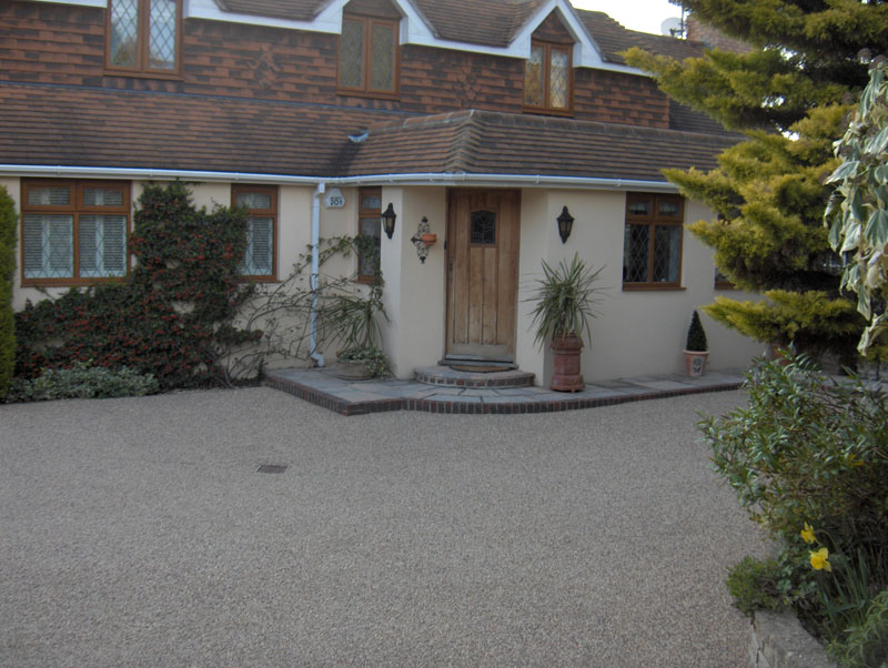 Permeable stone driveway